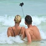 selfie-900001_640